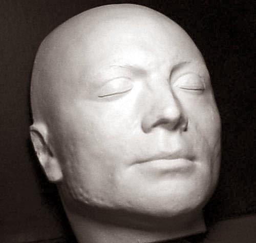 maschera-mortuaria-Robespierre