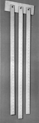 Robert_Morris_three_Rulers_1963